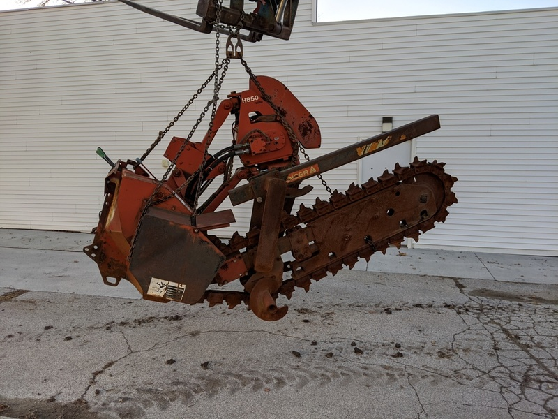 View Ditch Witch H850 album